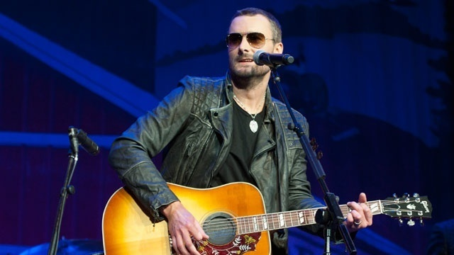 Singer Eric Church dedicates song to victims of Las Vegas massacre