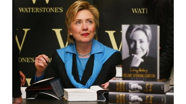Hillary Clinton - 2003 book signing_3601450873381339