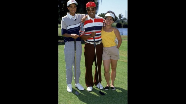 Tiger Woods through years - 1990 with parents_3717606080160698