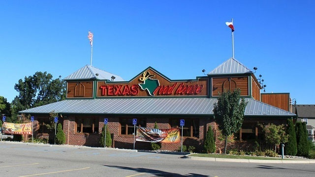 Veterans Day freebies - Texas Roadhouse_3636052825621637