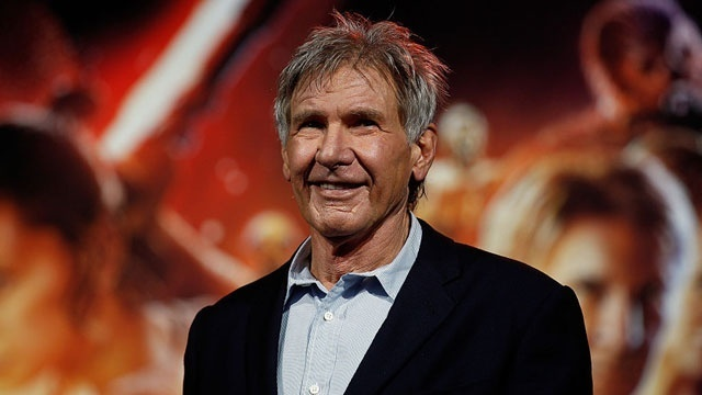 Harrison Ford helps woman after auto  crash