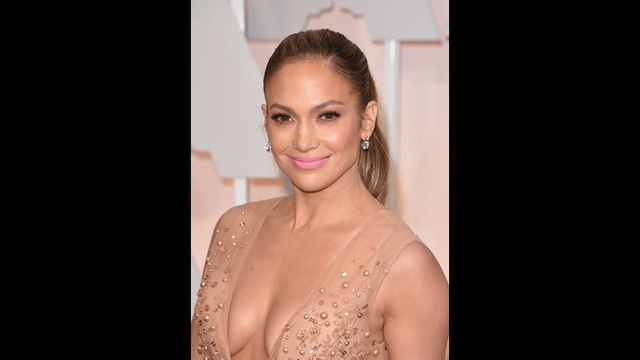 celebrity eyes - Jennifer Lopez_1473322891188547