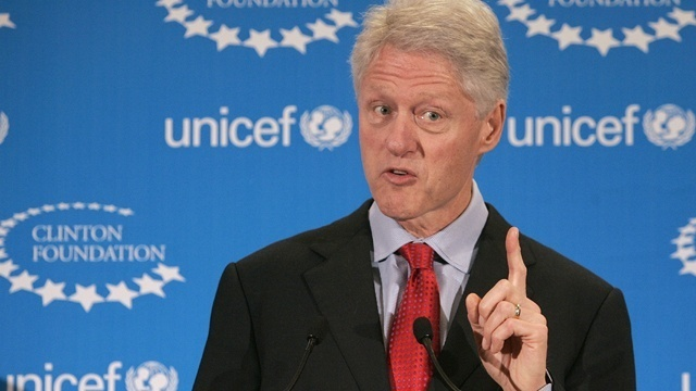 Democratic Senator Says Bill Clinton Should Have Resigned