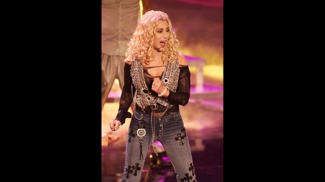 Cher then now - 2002 AMAs_3312709683819525