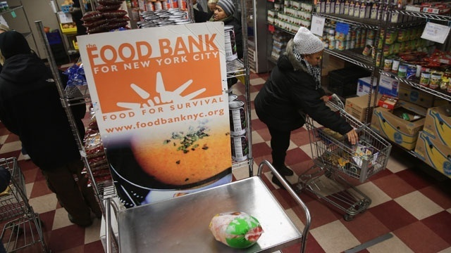 Poverty hunger food bank_2184785250317707