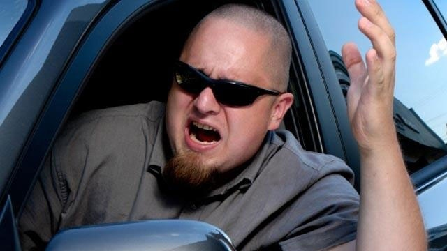 angry man with road rage_1663288092625366