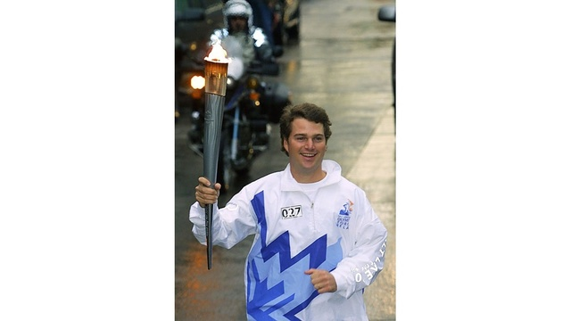 famous torchbearers - Chris O'Donnell_2403347480330594