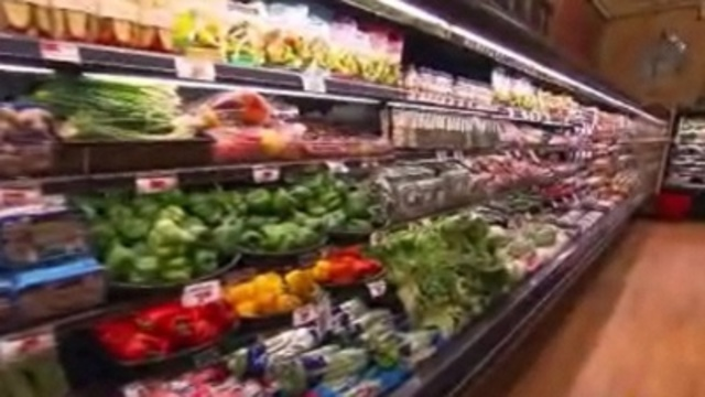 Report: Food price war hurting supermarkets, creating bargains
