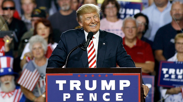 Phoenix Mayor Asks Trump to Delay Rally