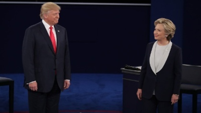 #NVElection: 8 News NOW Poll finds Clinton, Trump races tied
