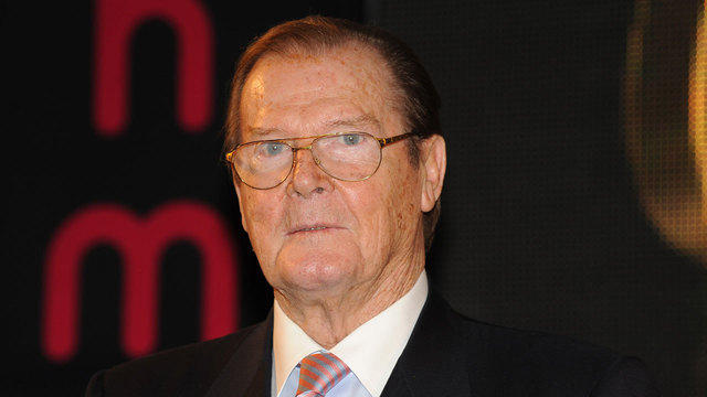 Roger Moore in 201252128664