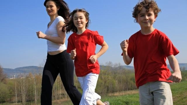 Workouts for parents, child to do together