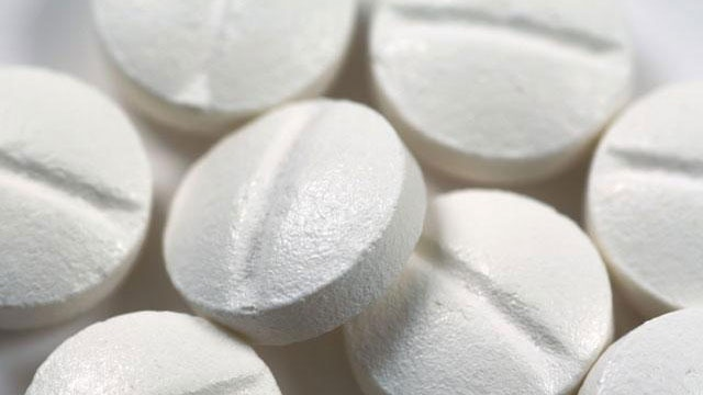 Does daily aspirin have health benefits?