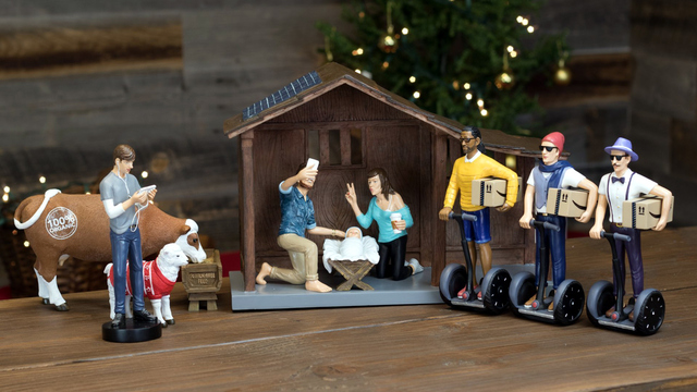 Hipster Nativity features Mary and Joseph taking selfies