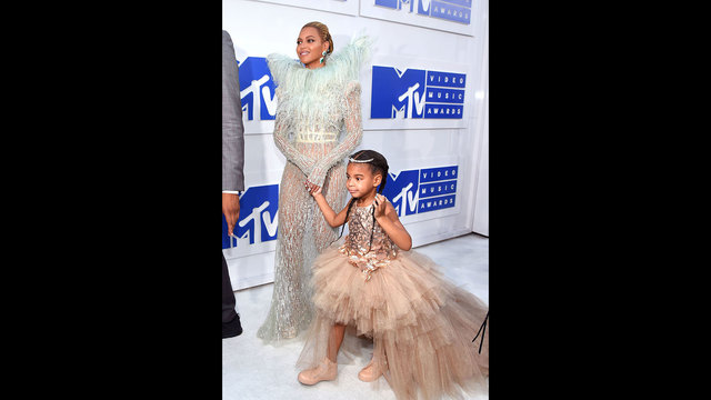 celebs and kids - Beyonce Blue Ivy40959251
