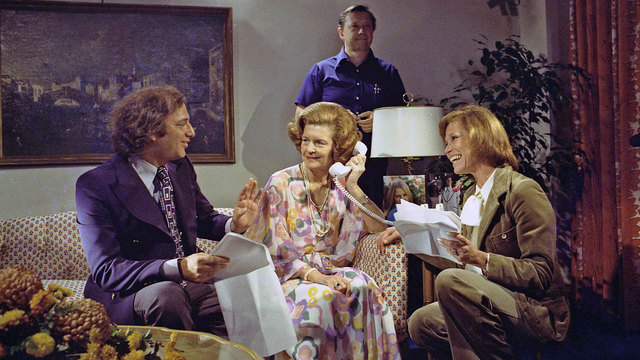 Betty Ford on Mary Tyler Moore Show in 197584722789