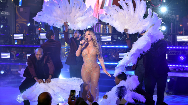 WATCH: Mariah Carey walks off after technical snag in New Year's performance