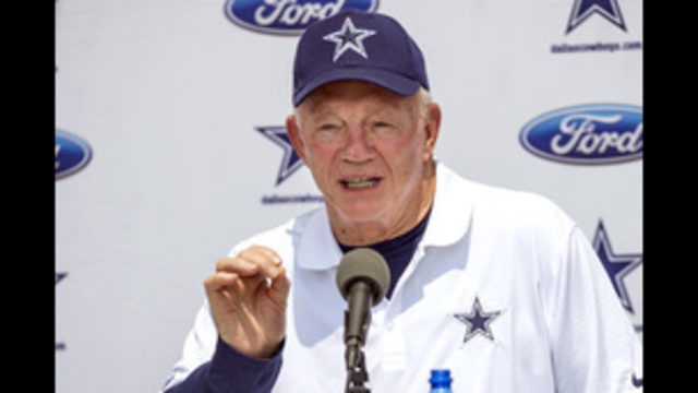 Cowboys' Jerry Jones says he alone will decide Romo's future