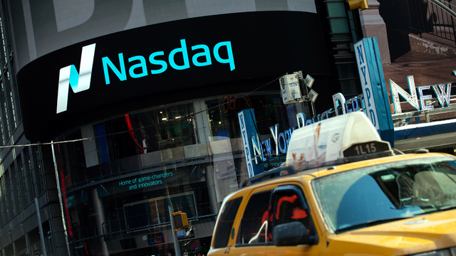 Nasdaq breaches 6000 mark for first time ever