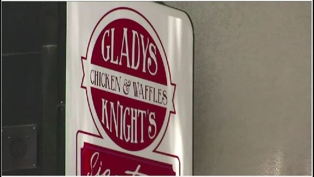 Gladys Knight no longer tied to chicken, waffles