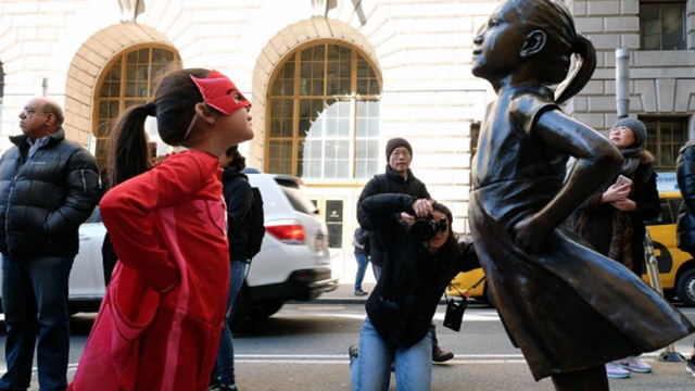 Fearless girl statue with fearless girl_1489020942839.jpg55187951