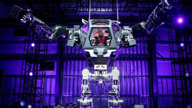Jeff Bezos tests giant robot suit