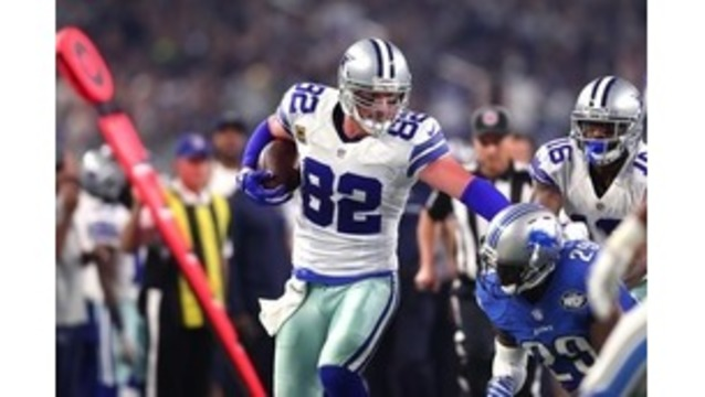 Longtime Cowboys TE Witten signs extension through 2021