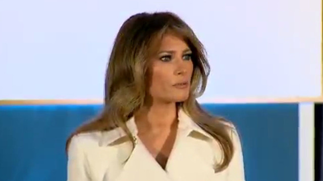 daily mail apologizes pays melania trump million settle lawsuit