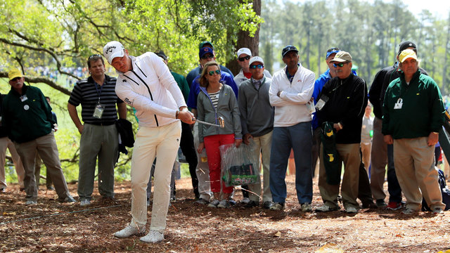 Danny Willett hits from trees at 2017 Masters first round40414761