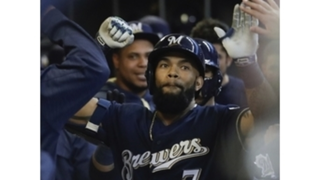 Eric Thames hits 11th homer in Brewers' 9-1 rout of Reds