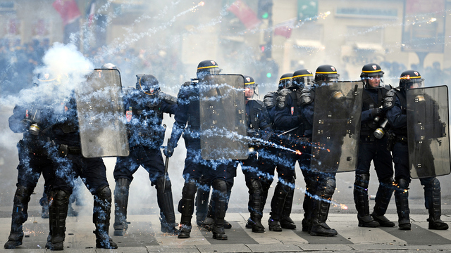 May Day Paris Protest Police Line.jpg14308531