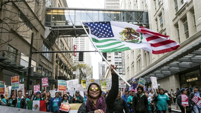 May Day Seattle Mexico American flag.jpg06632222