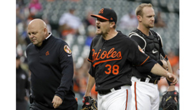 Orioles LHP Miley hit by 2 consecutive liners, leaves game