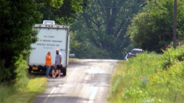 ASP assisting in Yell Co. manhunt after 3 shot, suspect holding hostages