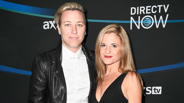 Abby Wambach marries Christian writer