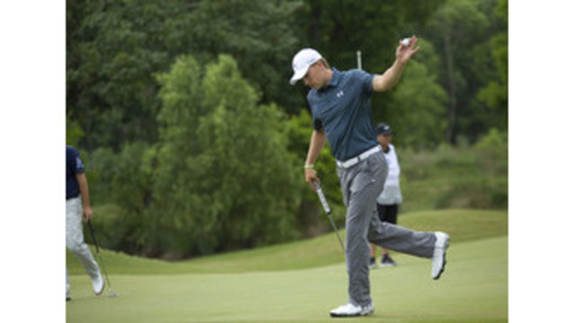 Kokrak cards 62 to lead by 5, Spieth out