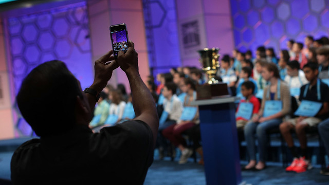 2017 scripps national spelling bee, parent, cell phone, trophy34943734