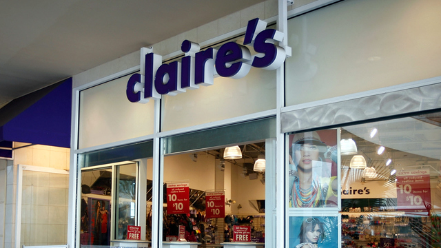Claire's pulls children's makeup kits over asbestos concerns