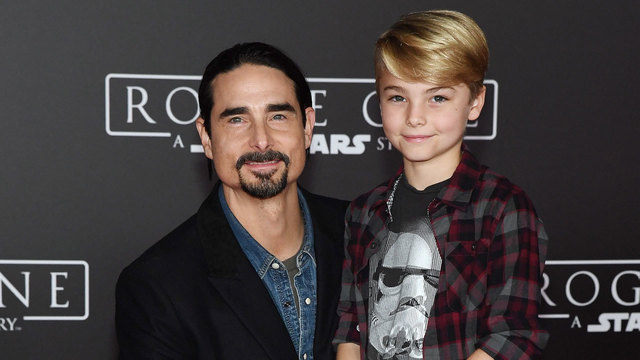 Kevin Richardson and son at Rogue One premiere82506022