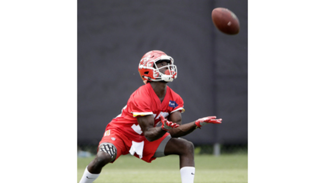 With Maclin out, Chiefs look to fill new wide receiver roles