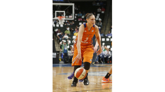 Taurasi sets WNBA career scoring mark