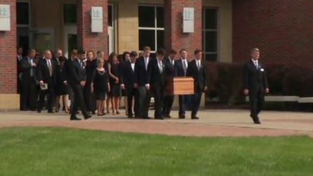 Warmbier casket carried_1498148121348.JPG21208694