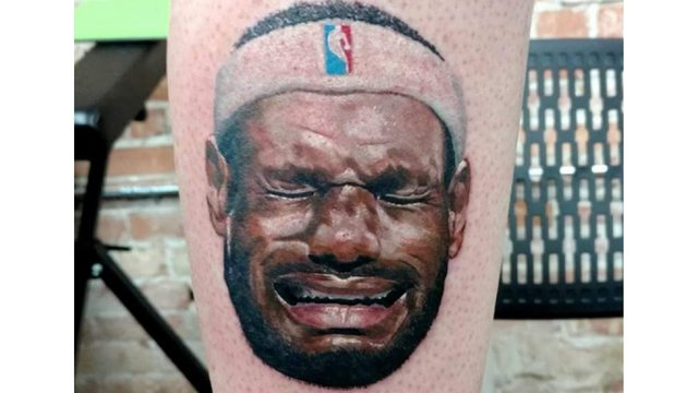 Michael Jordan fan has crying LeBron James tattooed on leg