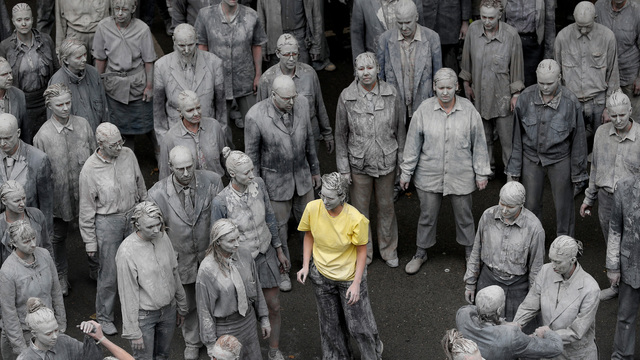 G20 zombie protest yellow shirt03987149