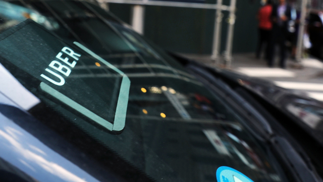 Court says Uber must give its UK drivers more rights