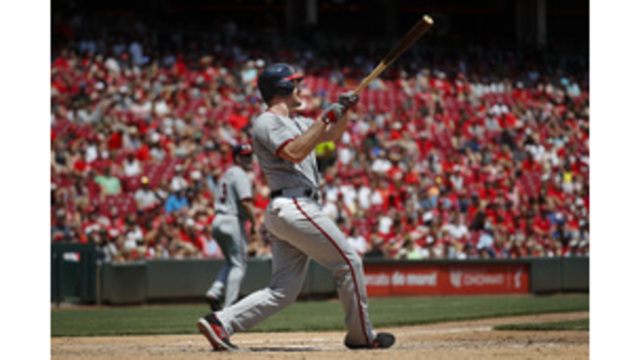 Murphy hits 2 of Nats' 5 HRs in 14-4 win