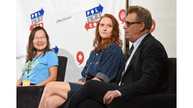775013259GB00025_Politicon__150146365137792394112