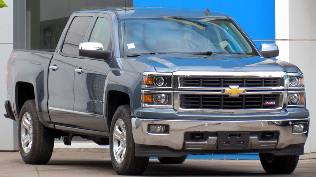 GM recalling about 700K Chevy and GMC