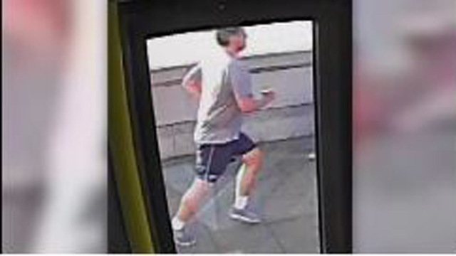 Putney Bridge jogger search resumes after police clear suspect