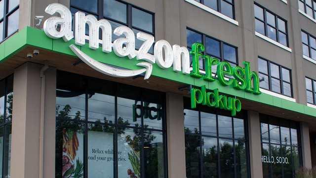 Dan Gilbert, Snyder make case to bring Amazon headquarters to Detroit""
